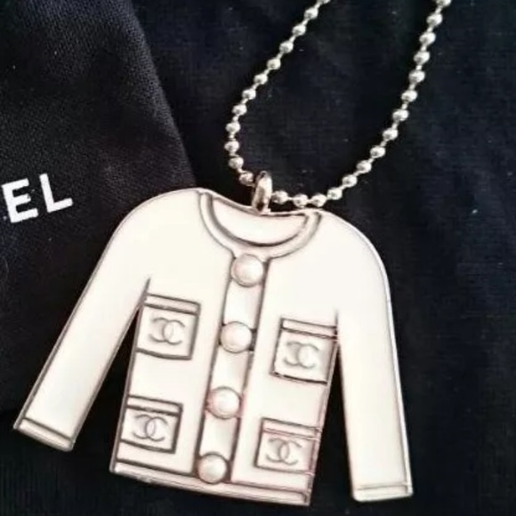 CHANEL Accessories - Chanel Key Ring White Charm Jacket Authentic